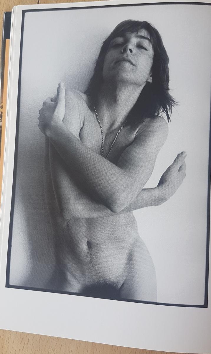 Nackt fotos knaben Category:Male ejaculation